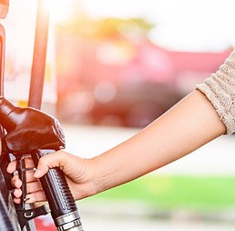 How to save on fuel for trucking companies